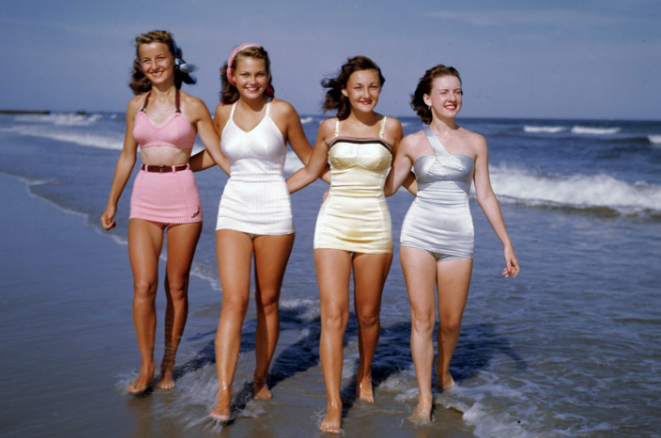 Choosing The Right Bathing Suit For Your Body – Vivian foate